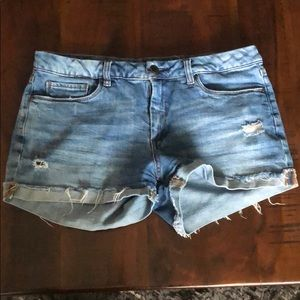 "BLANK NYC ""tomboy"" distressed jean shorts"